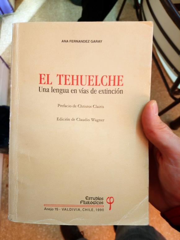 El Tehuelche, libros [Julio]