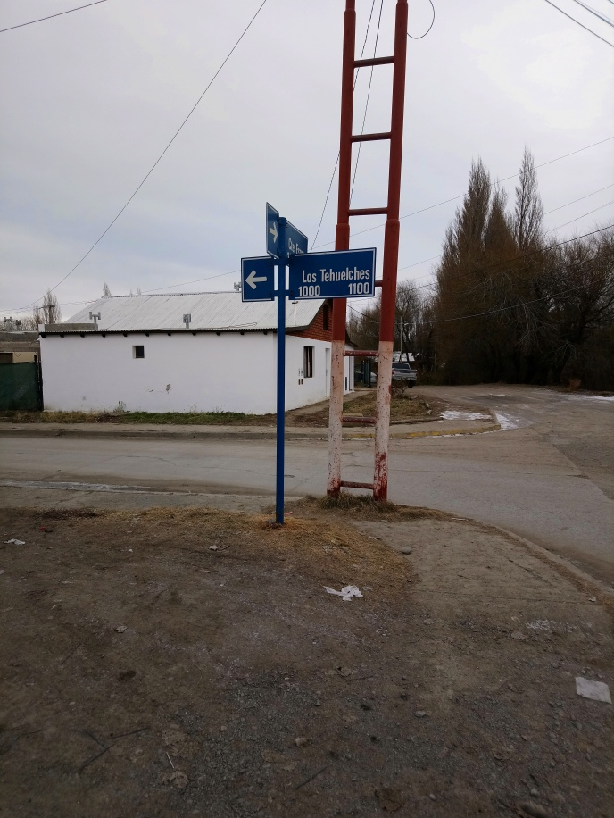"""Nombre de calle """"Los Tehuelches"""" [Julio]"""