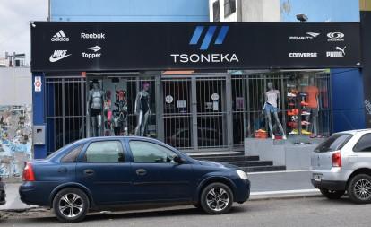Tsoneka (Tienda de ropa) [Noviembre 2018]